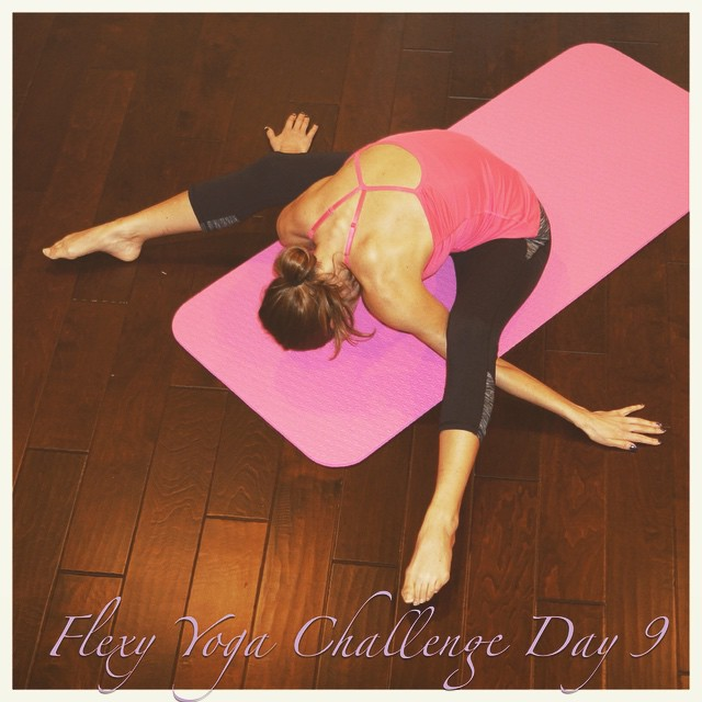 Inhale love, exhale hate. Inhale confidence, exhale doubt. Tortoise Pose | Kurmasana for #letsgetflexyin2015 yoga challenge. Sponsors: @aloyoga @kinoyoga @beachyogagirl  #yoga #yogamom #yogachallenge #yogainspiration #yogaisforeveryone #igyoga #instayoga #instafit #instagramfitness #workout #weightloss #homeworkouts #fitspo #bodyafterbaby #fitness #fitnesswithyoga #fitjourney #fitnessjourney