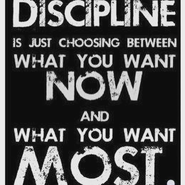 Good morning and happy Saturday, everyone! Stay in bed or get up and move? A new workout is uploading and coming for you... #fit #fitfam #fitspo #fatloss #fitgirl #fitmamma #fitmommy #fitjourney #fitnessgoals #fitnessquotes #fitnessjourney #fitnesslifestyle #fitnessmotivation #motivation #motivationalquotes #discipline #bodyafterbaby #workout #weightloss #workoutvideo #weightlossjourney #hiit #healthy #healthylifestyle #yoga #qotd