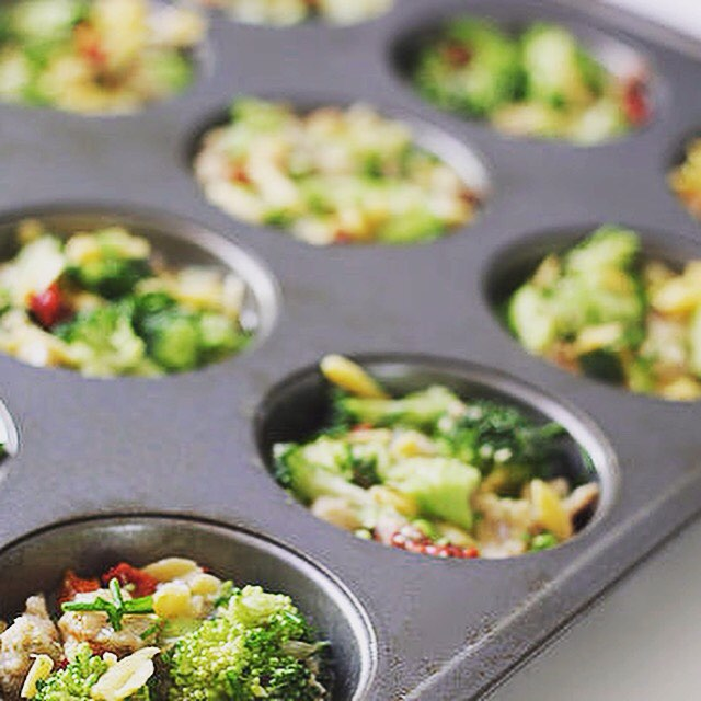 Use the muffin tin to lose the muffin top! Love these muffin tin recipes by @popsugar. Link to tips on my FB page (link in bio). 🌟🌟🌟😋 #fit #fiber #fitfam #fitspo #fatburn #fatloss #fitgirl #fitlife #fitness #fitmommy #fitjourney #fitnessgoals #fitnessjourney #flexibledieting #fitnesslifestyle #healthy #healthylifestyle #cleaneating #comfortfoodhack #eatclean #eatingclean #bodyafterbaby #bikiniready