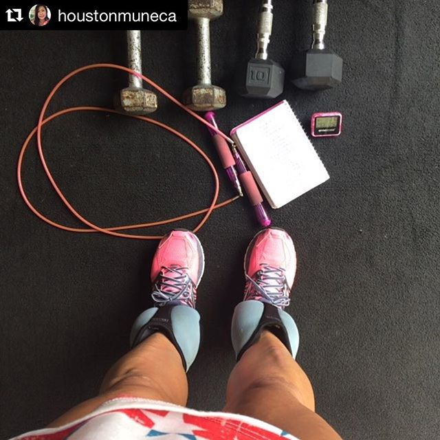 LOVE this awesome (and slightly insane) workout check-in by @houstonmuneca 💪🌟She did two rounds of the 1st workout in my new Body Sculpt Strength series...and wore ankle weights while she did it! 🌟🌟💪 Thanks for ending your week with me @houstonmuneca 💪 #Repost @houstonmuneca with @repostapp. ・・・ I end my week with the 💣💥💣💥 @fitforcefx Body Scupt Strength No.1 I added my jump rope and 5lbs ankle weights 😅 so I ended with 29 Rounds 50/10 this one is good👍👍 #fridayworkout #fit #girlswholift #stronger #strongeveryday #strongisthenewbeautiful #jumprope #gymboss #getafterit #hiit #fitness
